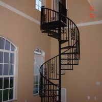 aj-contracting-gallery-stairs-rails-img2