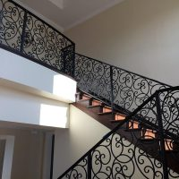 aj-contracting-gallery-stairs-rails-img3
